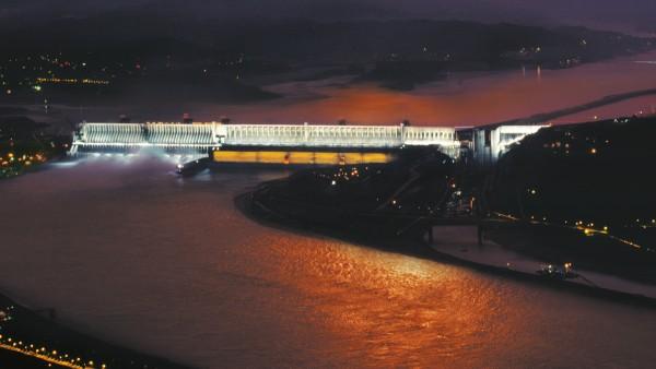 Energie hydraulique classique: Barrage des Trois-Gorges en Chine