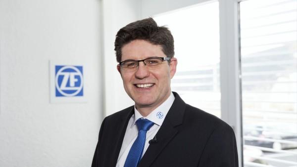 Dr.-Ing. Dietmar Tilch, directeur de la technologie industrielle - Systèmes de surveillance conditionnelle des systèmes ZF Friedrichshafen AG